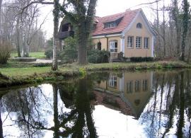 Standesamt Künstlervilla Gasteiger bei Holzhausen Von Rufus46 - Eigenes Werk, GFDL, https://commons.wikimedia.org/w/index.php?curid=3979560